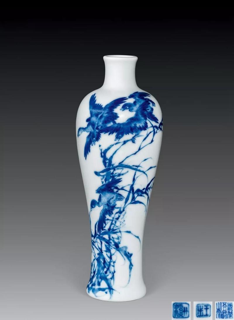 LOT.1873  王步青花芦雁赏瓶.jpg